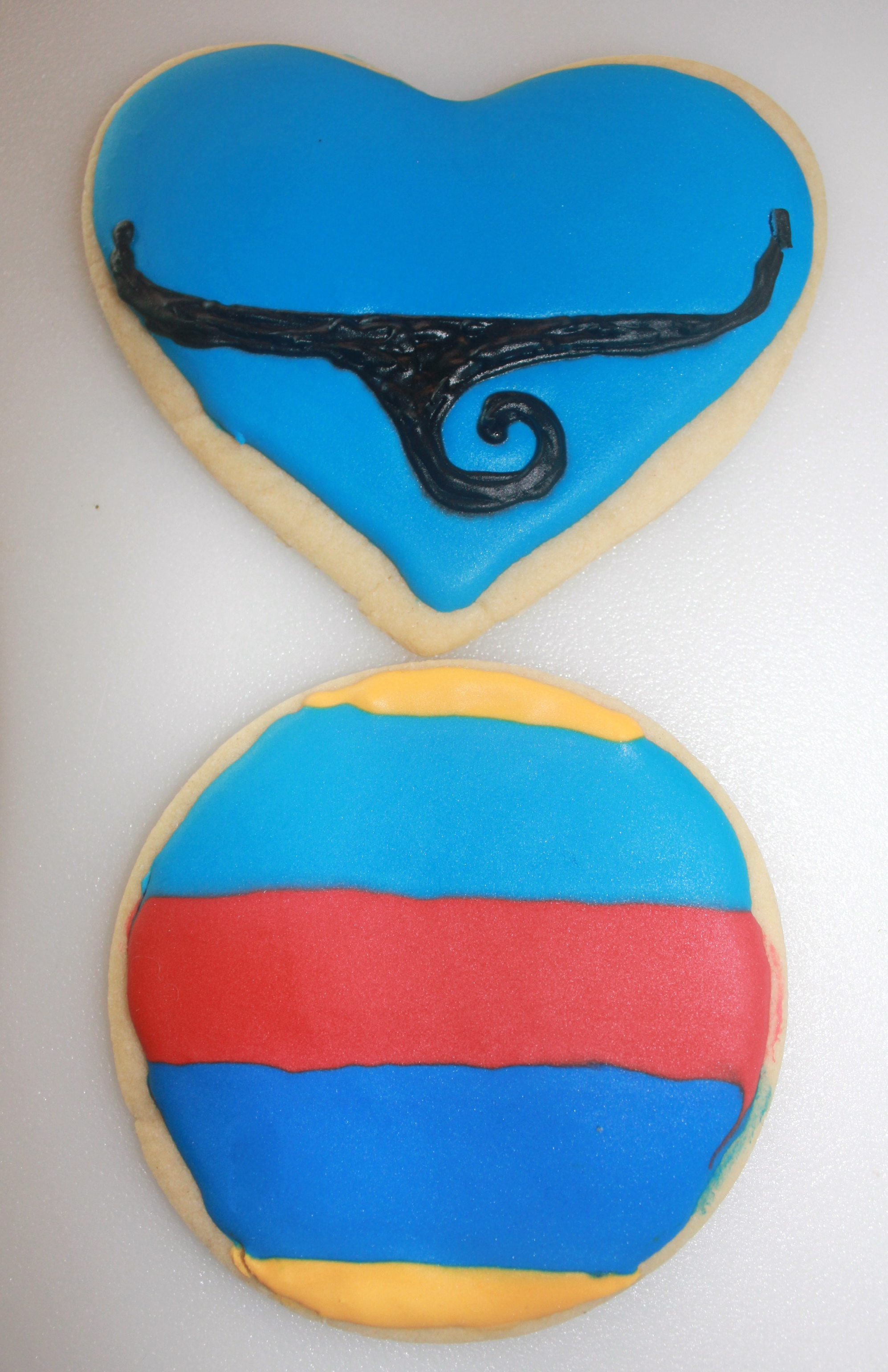 Aladdin Genie Sugar Cookie |SugaredandIced.com