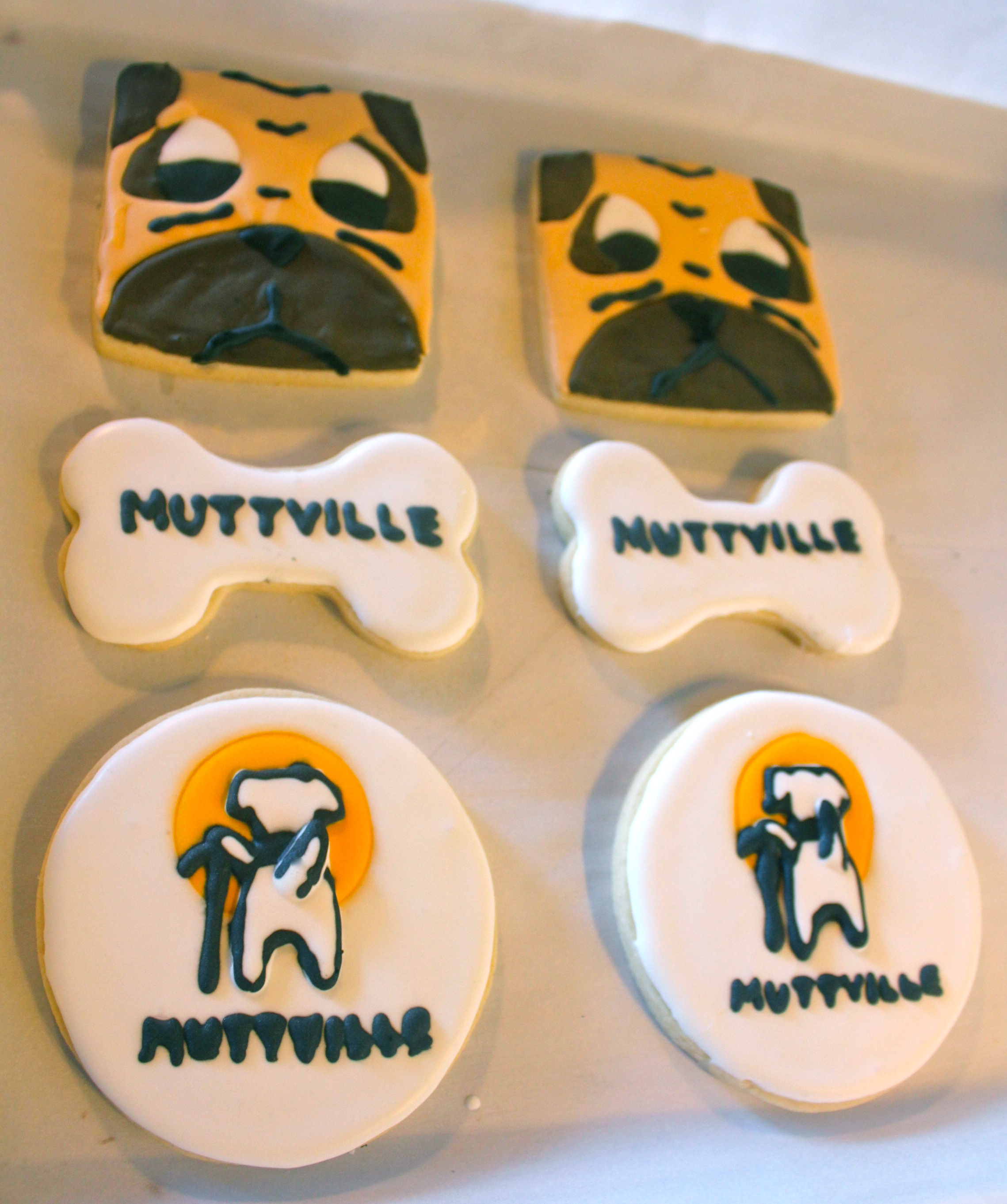 Pugs for Muttville |SugaredandIced.com