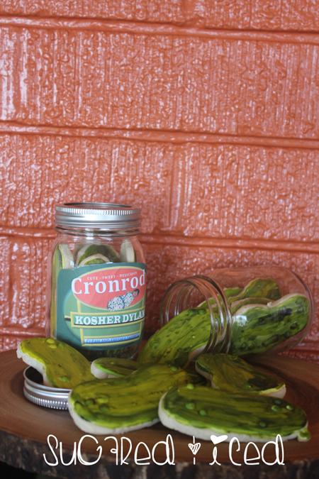 Iced Sugar Cookie Pickles Jar |SugaredandIced.com