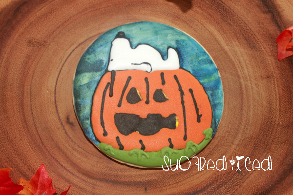 snoopy-great-pumpkin-cookie | SugaredandIced.com
