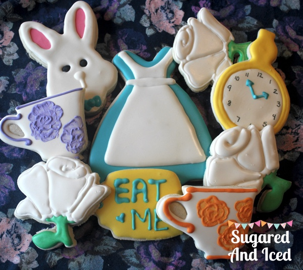 Alice in Wonderland Sugar Cookies | SugaredAndIced.com