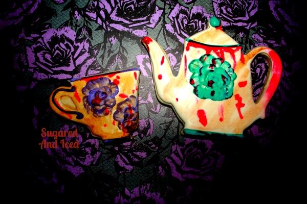 Haunted Alice and Wonderland Cookies   SugaredAndIced.com