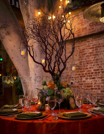 Lotus & Lily Carondelet House Wedding | SugaredAndIced.com
