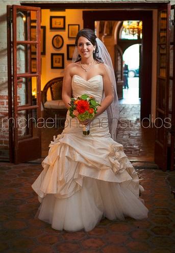 Carondelet House Wedding  Bride| SugaredAndIced.com