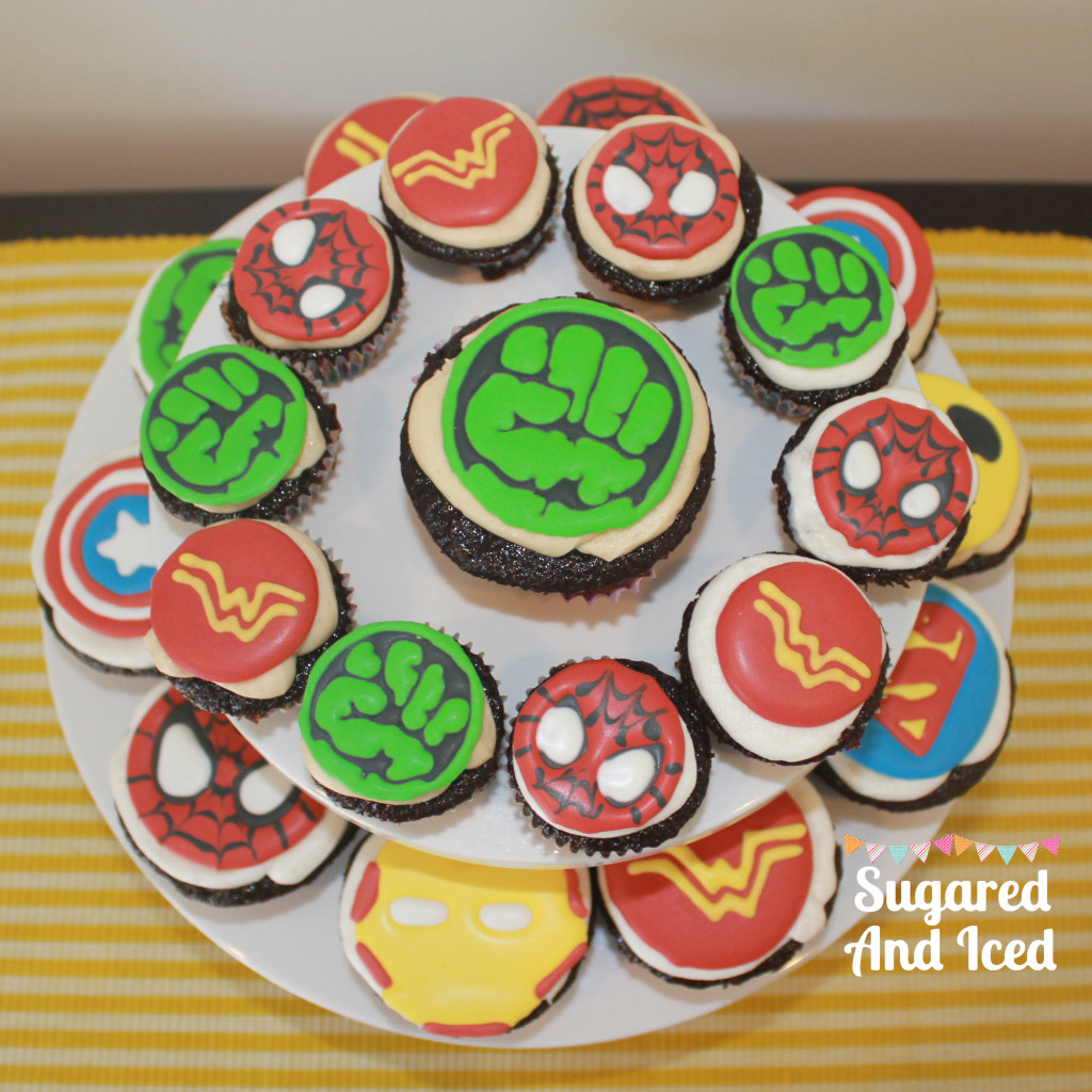 Superhero Cupcakes | SugaredAndIced.com