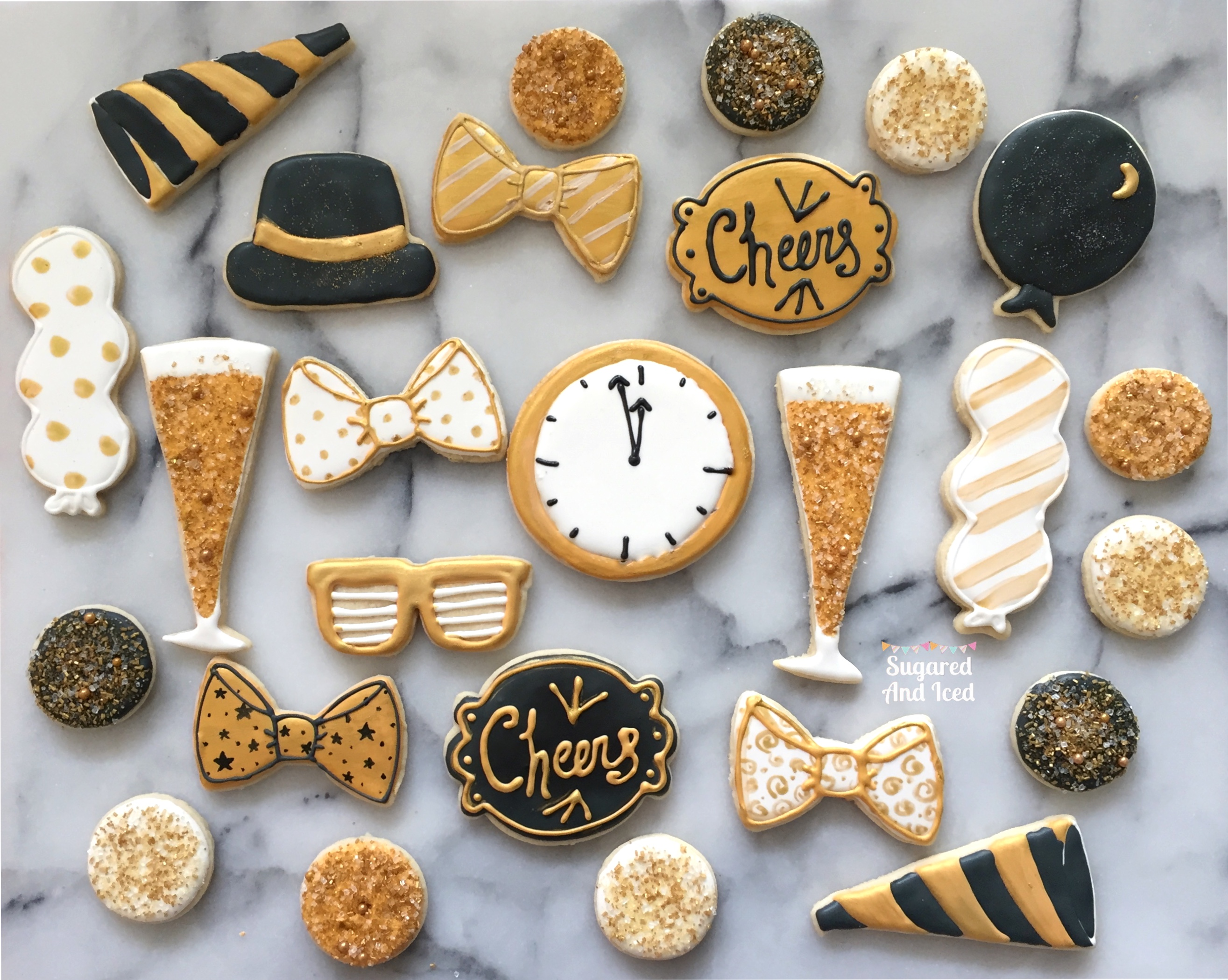 Black and Gold Sugar Cookies New Years | SugaredAndIced.com